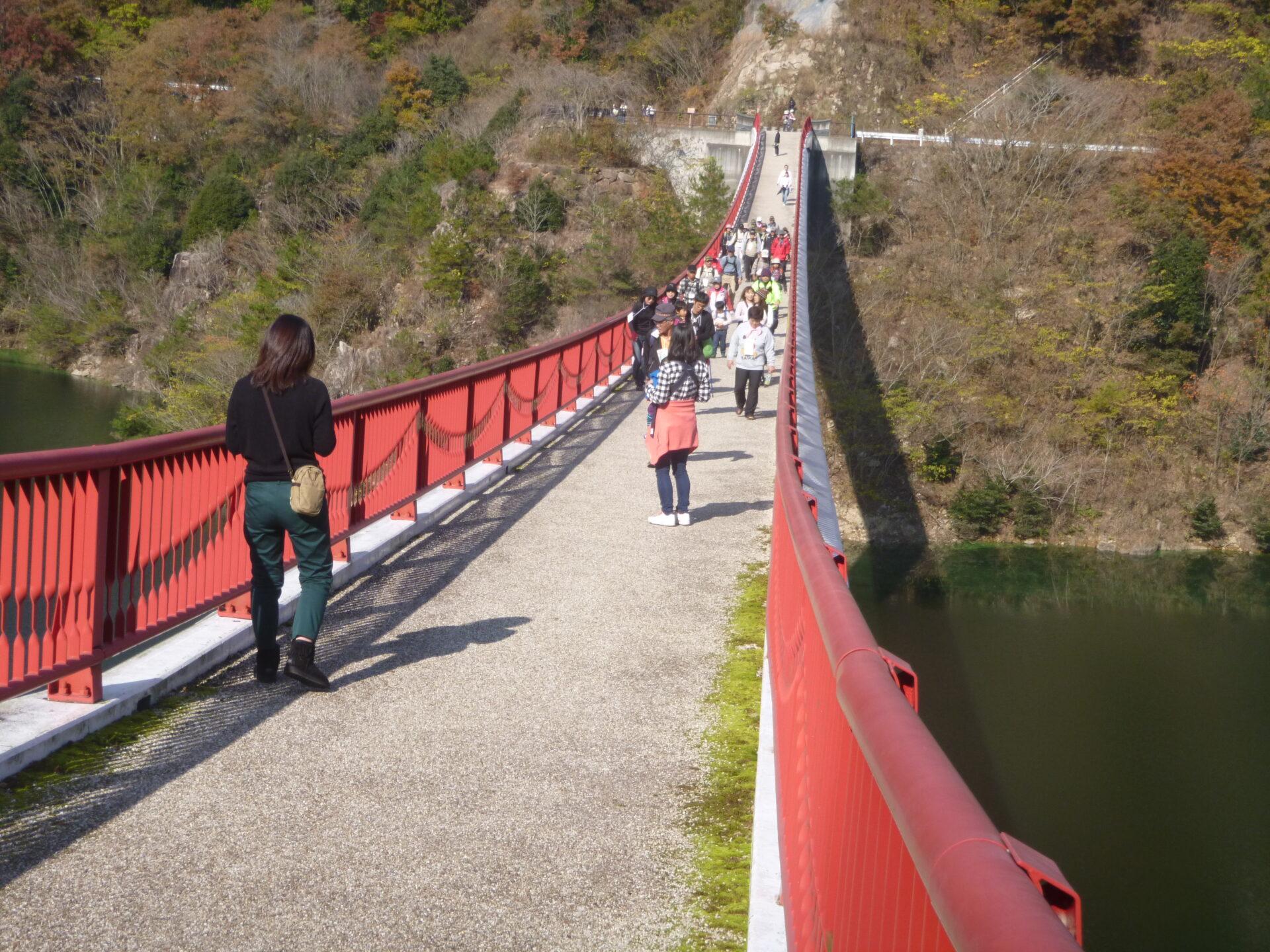 秋の夢吊橋ウォーク